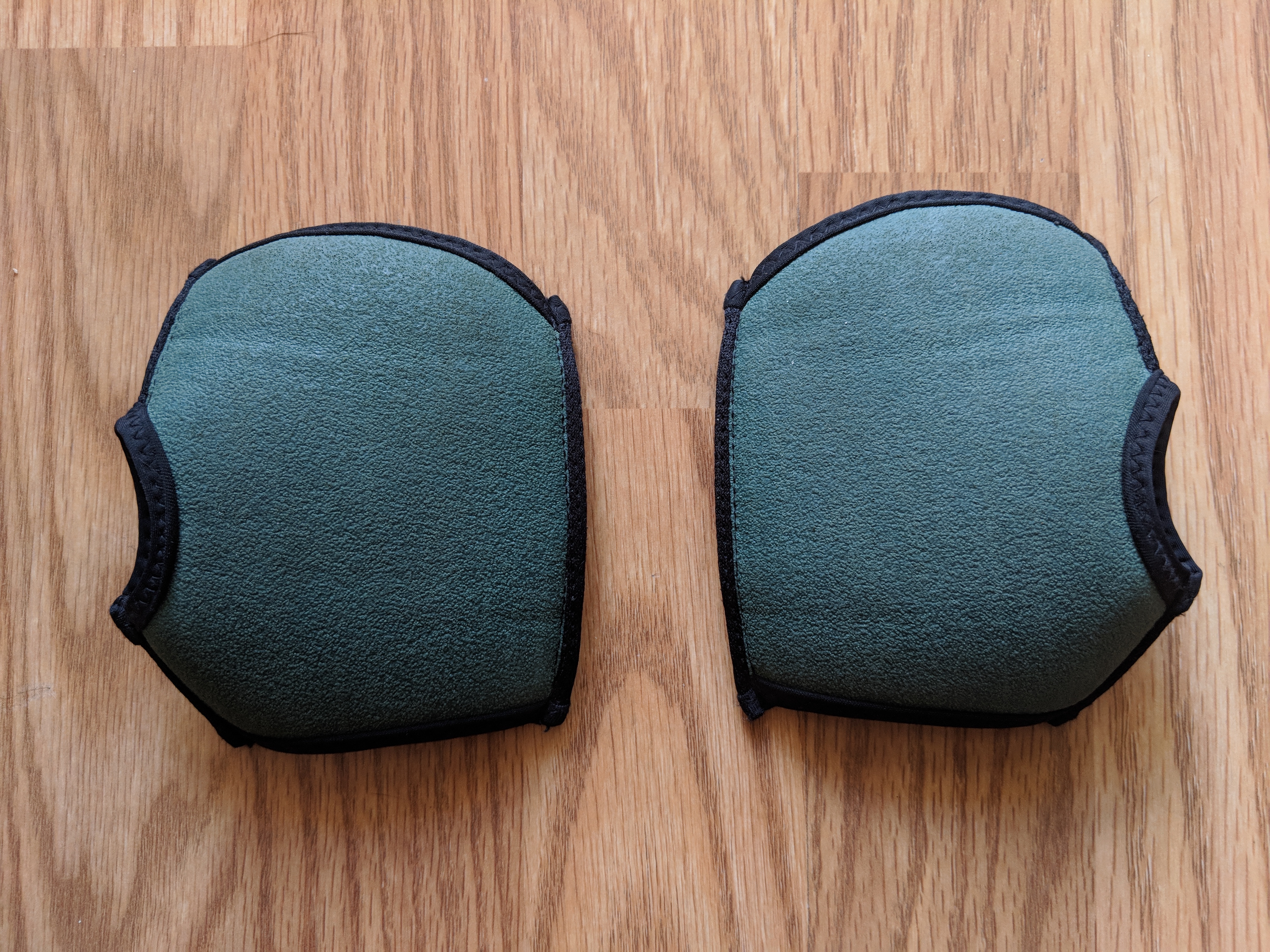 Yoga Paws Review - Wearable Hand Pads (bottom)