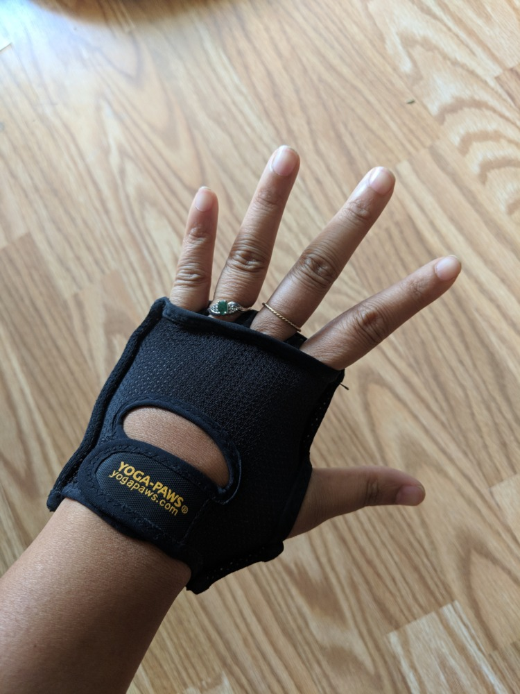 Yoga Paws Review - Wearable Hand Pads (try on top)