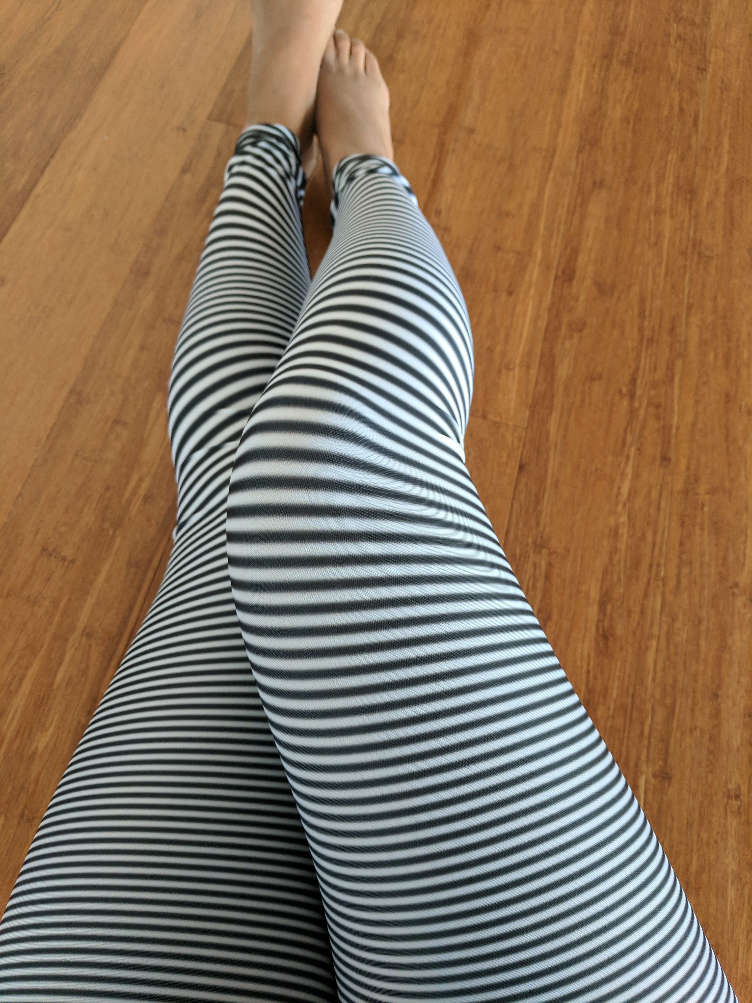 yoga democracy leggings review dont adjust your screen pattern