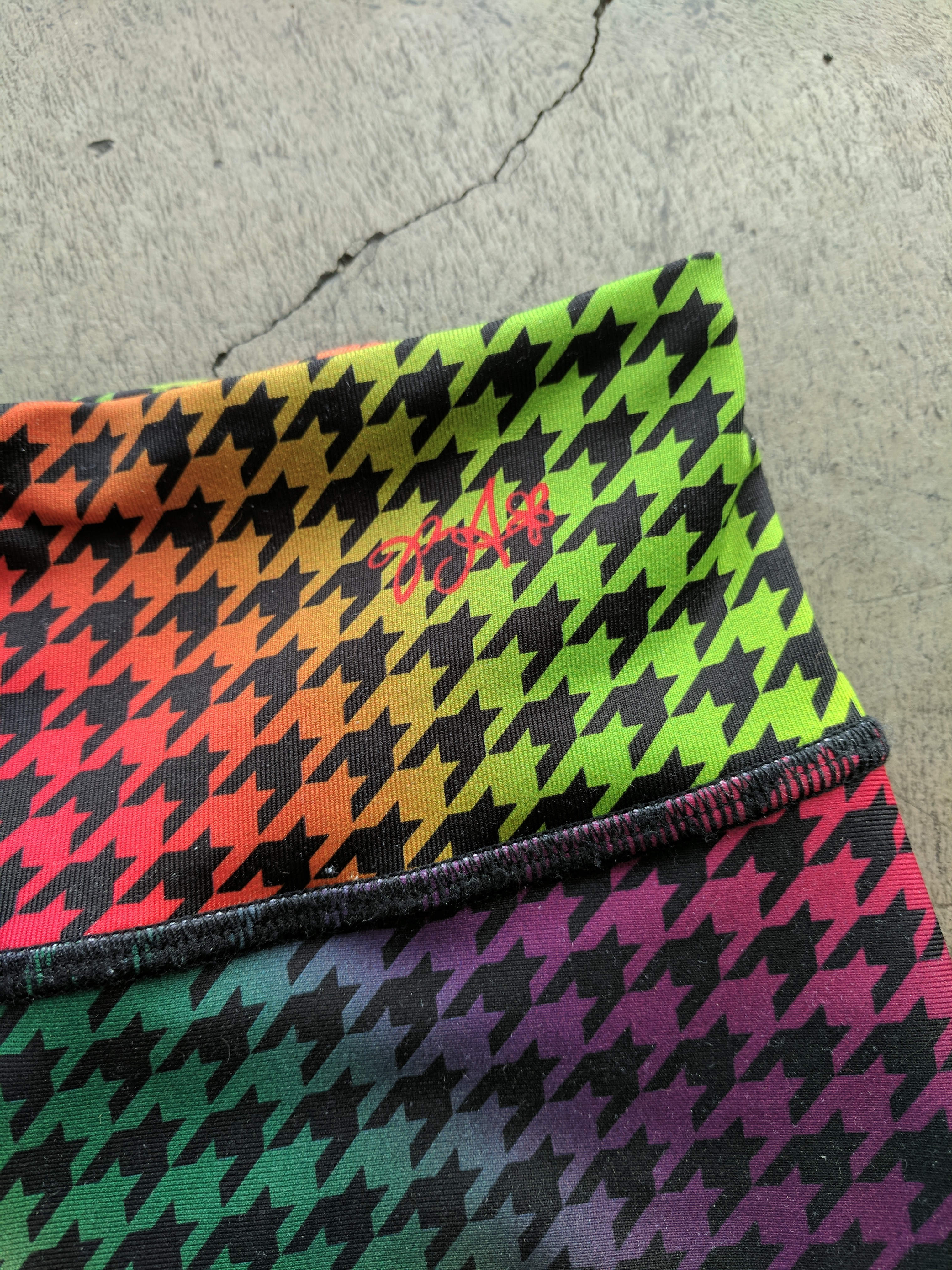 body angel activewear rainbow houndstooth waistband logo