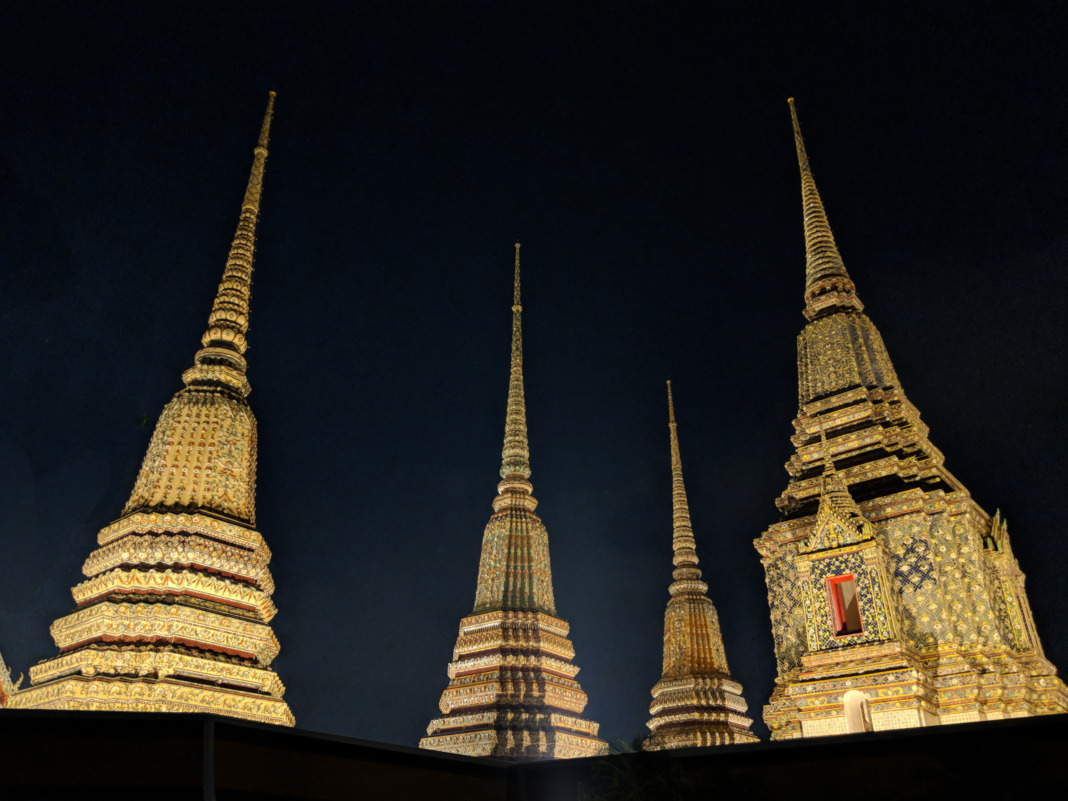 Wat Pho Temple - Golden Spires
