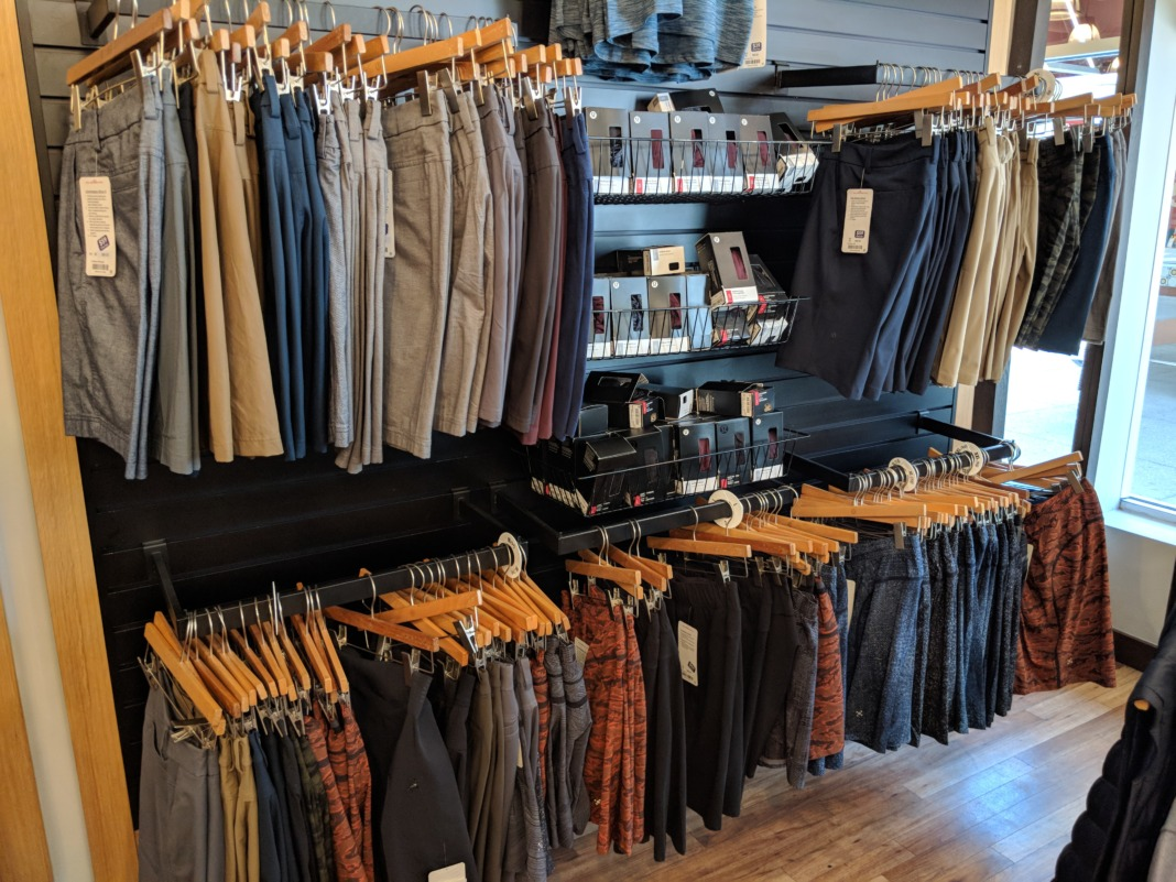 c451baea63 What You'll Find at the lululemon Outlet - Schimiggy Reviews