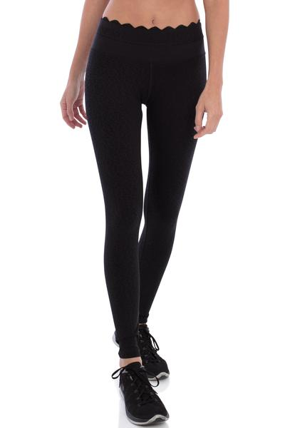 track bliss into the moonlight legging front scallop hem