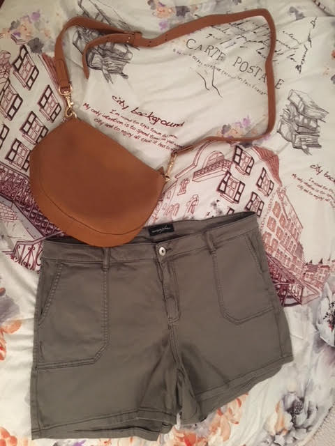 plus sized fashion mallory crossbody and green shorts