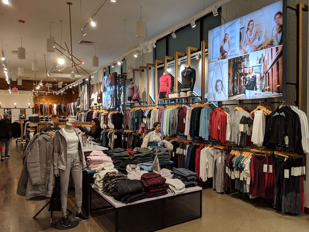 lululemon flagship new york store fashion district 2018 entryway