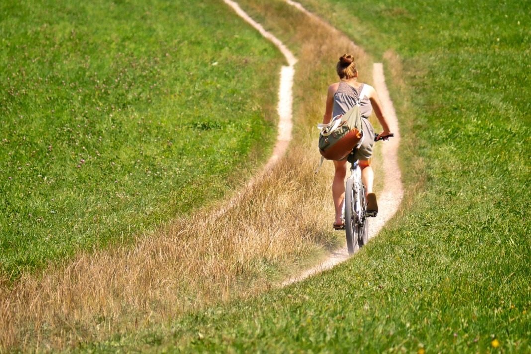 Eco-Friendly Ways to Get Around While Traveling cycling