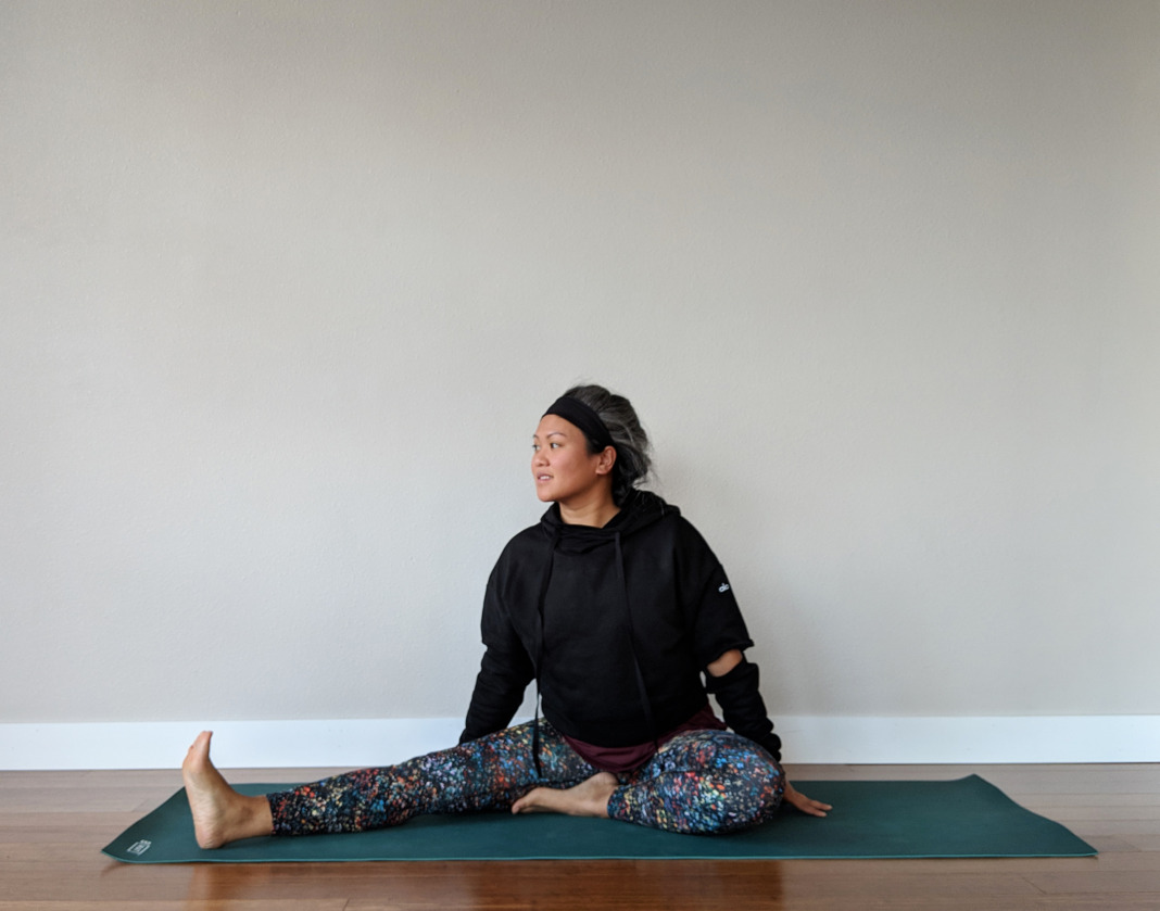 alex tran schimiggy reviews pose lululemon fast and free alo yoga