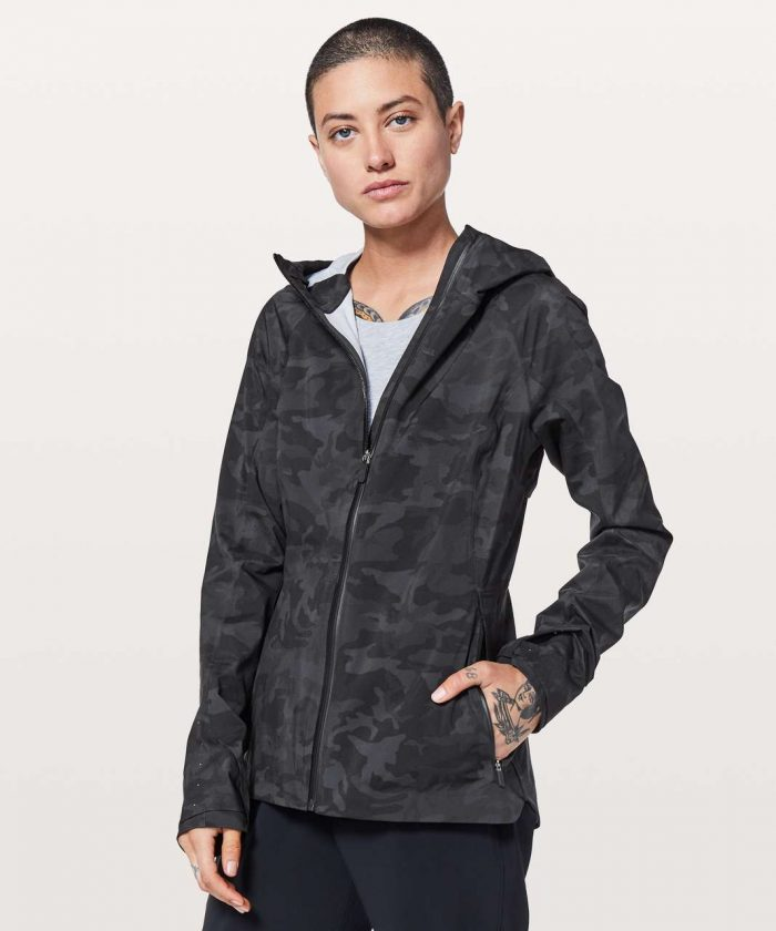 lululemon-the-rain-is-calling-jacket-ii-incognito-camo-multi-grey schimiggy reviews