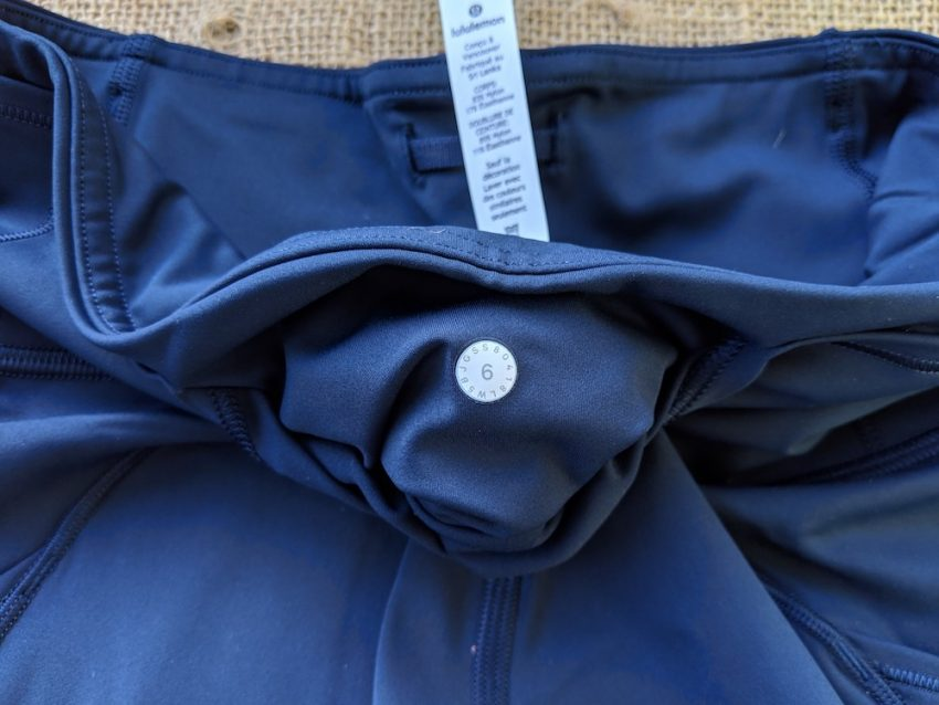 fast and free tight true navy back middle pocket size dot