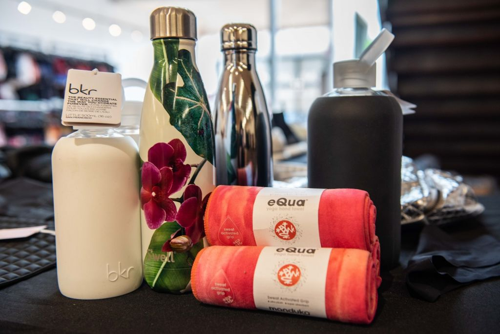 carbon38 sample sale accessories towel bottle