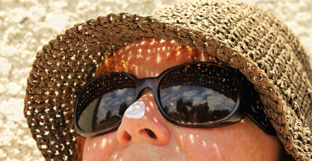 how to stay healthy while traveling wear appropriate protective sun gear and accessories