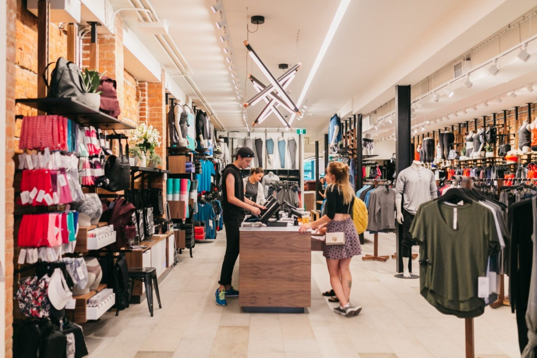 6d8283282c Tips and Tricks for Shopping at lululemon - Schimiggy Reviews