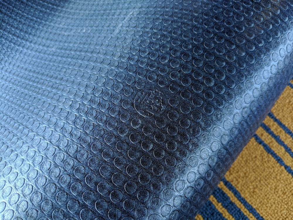manduka yoga mat pro sea star navy bottom of mat