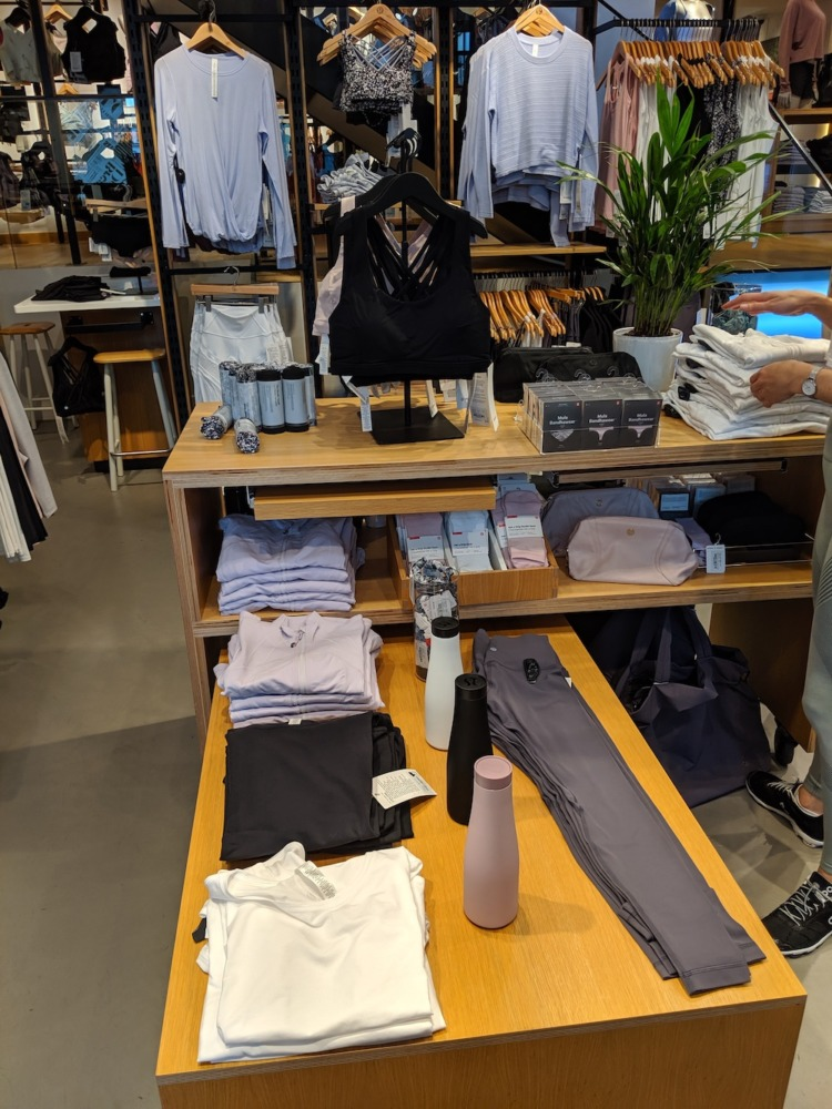 lululemon store in zürich switzerland womens display table front