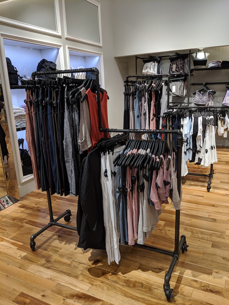 lululemon pop up shop las vegas miracle mile womens racks