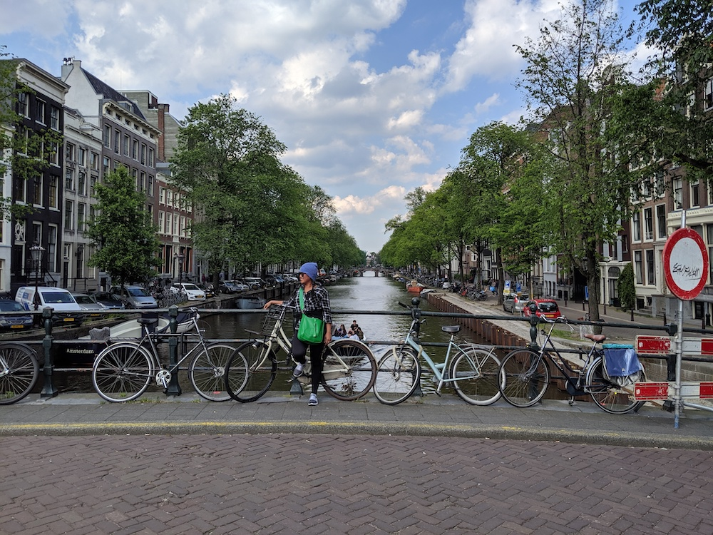 amsterdamn travel guide canals bikes