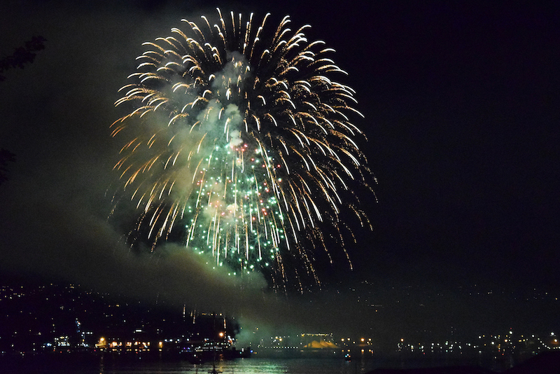 fireworks-from-gastown-vancouver-canada-day-3