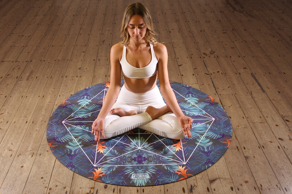yoga seat lotus pose padmasana yoga poses to improve concentration
