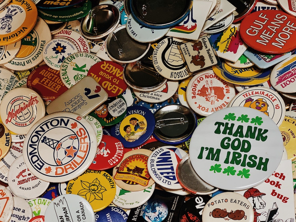 vintage buttons for sale at the thrift store or farmers market