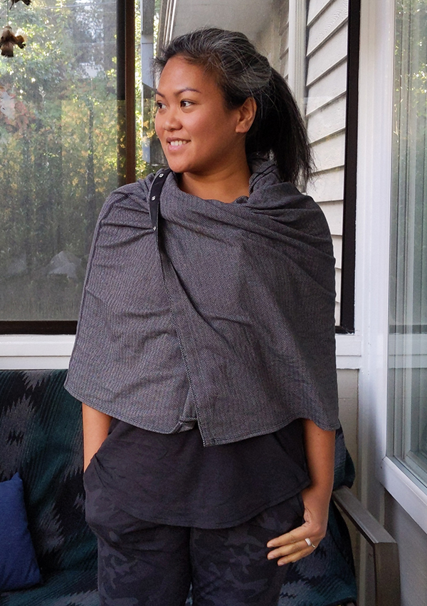 How to Wear a lululemon Vinyasa Scarf Shoulder Cape