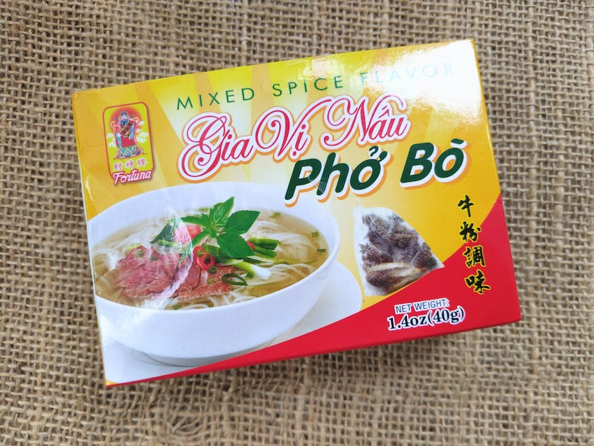 vietnamese beef noodle pho bo seasoning and spices