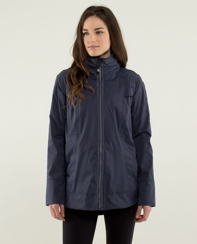 lululemon Fo Drizzle Jacket in Navy Front