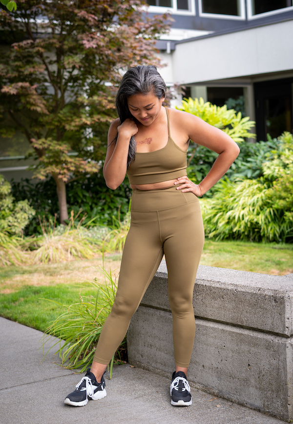 girlfriend collective review float leggings in fern green