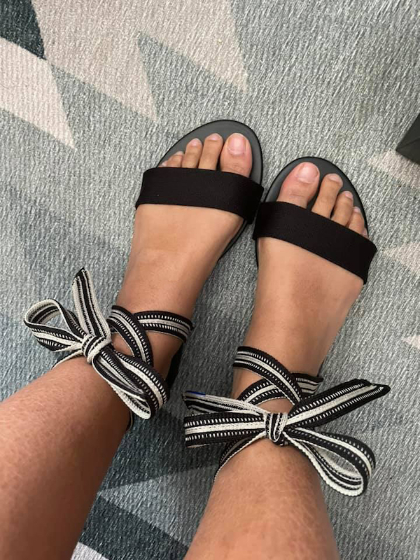 rothys bow sandals black cosmo schimiggy