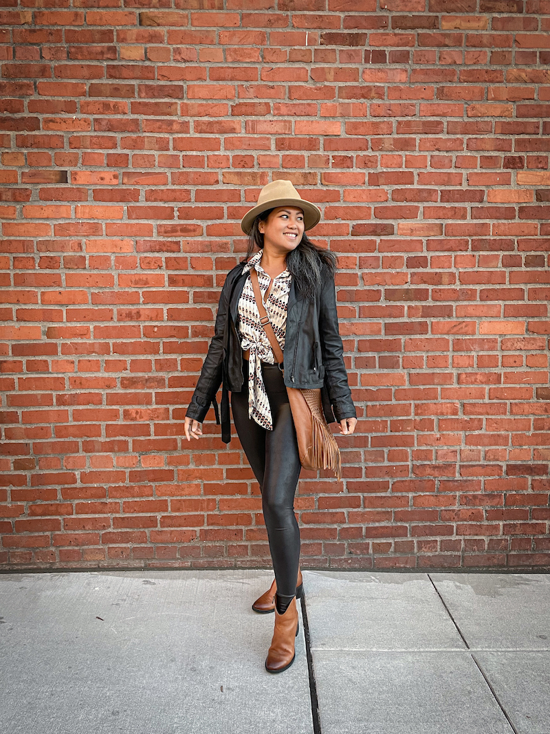 fall fashion outfit inspiration spanx faux leather leggings